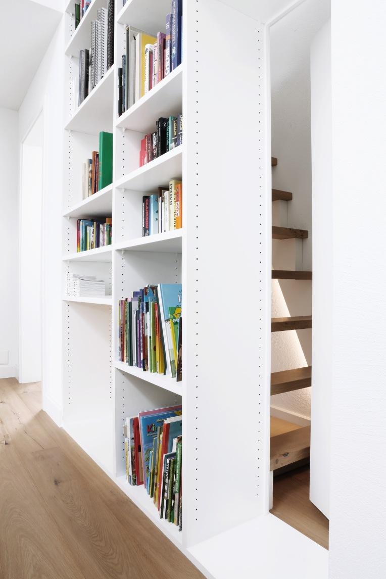 Büchergestell_2