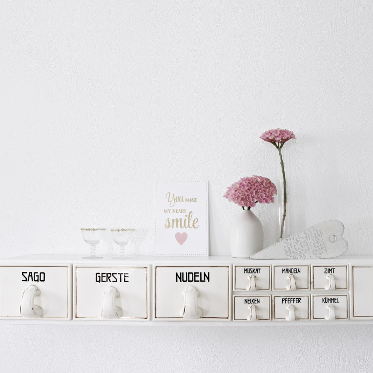 shelf_pink